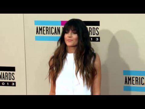 Kylie Jenner en a marre d'entendre dire que Kris Jenner passerait en revue ses petits-amis