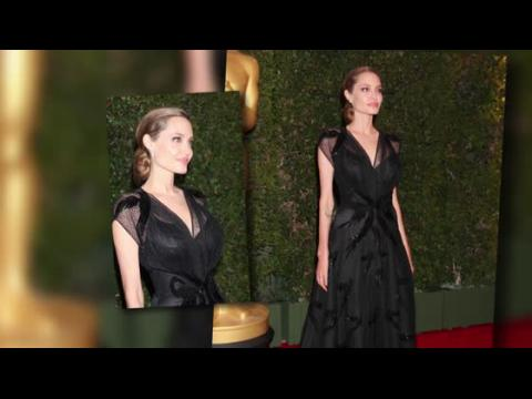 Angelina Jolie est rayonnante aux Governors Awards