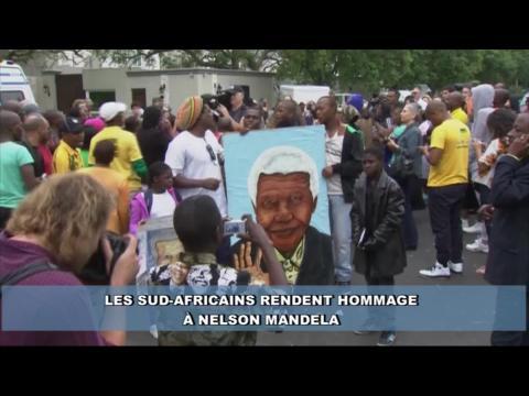Les Sud-africains rendent un dernier hommage à Nelson Mandela