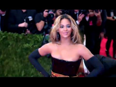 Beyoncé partage des photos du 50ème anniversaire de Michelle Obama