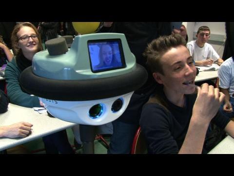 """Un """"robot lycéen"""" unique en France expérimenté en Rhône-Alpes"""
