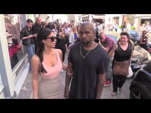 Kanye West veut une sculpture nue de Kim Kardashian
