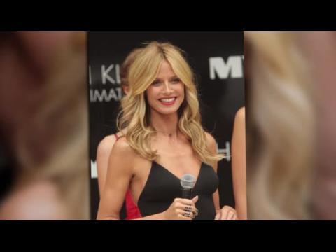 Heidi Klum présente sa ligne de lingerie à Melbourne