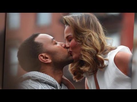 John Legend et Chrissy Teigen sont romantiques pendant une séance photo à New York