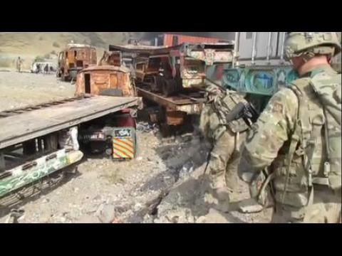 Afghanistan: des véhicules de l'Otan détruits par les talibans