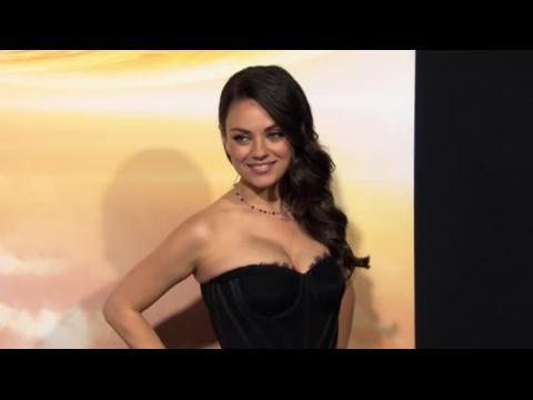 Mila Kunis poursuivie en justice pour avoir volé un poulet quand elle était petite
