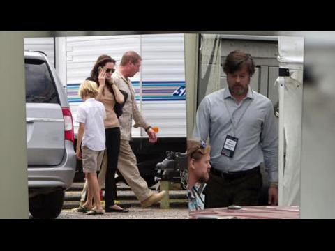 Angelina Jolie rend visite à Brad Pitt en tournage à la Nouvelle Orléans