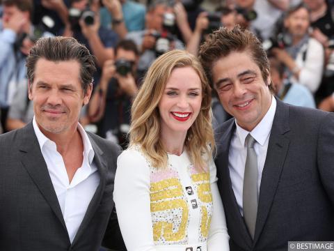Exclu Vidéo : Cannes 2015 : Josh Brolin, Emily Blunt, Benicio del Toro, un trio de choc pour Sicario !