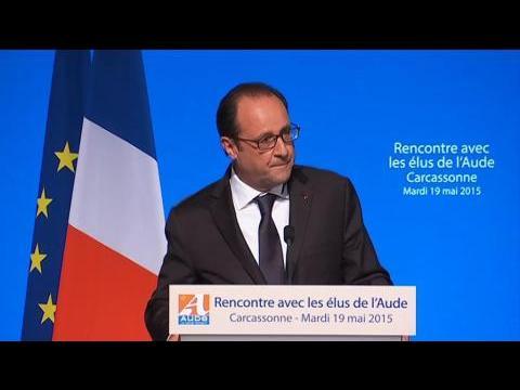"""Hollande: """"Gouverner, ce n'est pas cliquer"""""""