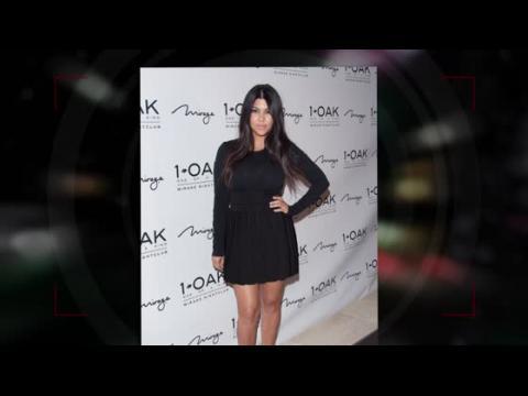 Kourtney Kardashian est sublime en noir pour son 36ème anniversiare