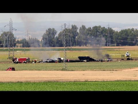 Un airbus A 400 M s'écrase près de Séville... Smum0v-L