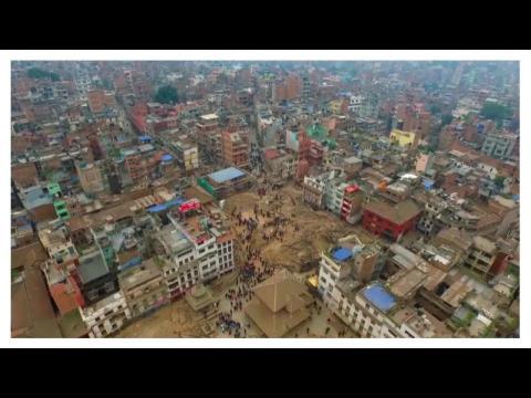 Katmandou survolée par un drone