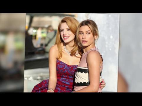 Bella Thorne et Hailey Baldwin illuminent New York