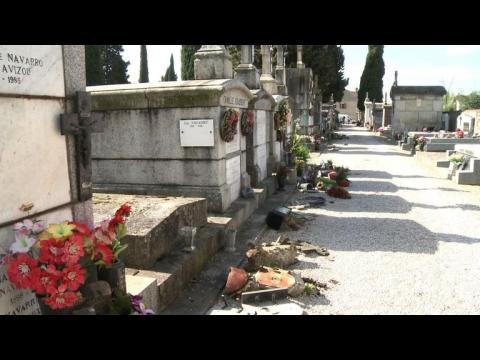 Cimetière de Castres: plusieurs dizaines de tombes profanées