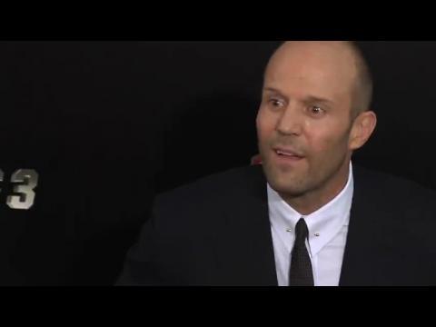 Jason Statham et Rosie Huntington-Whiteley volent la vedette à la première des Expendables 3