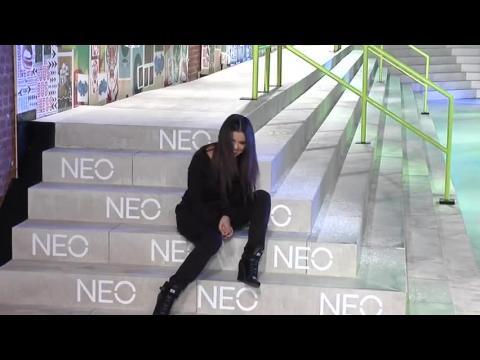 Selena Gomez est éblouissante au défilé d'Adidas NEO