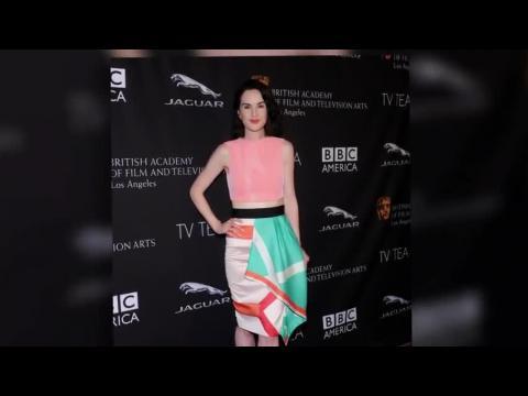 Les stars anglaises brillent à la soirée des BAFTA à Los Angeles
