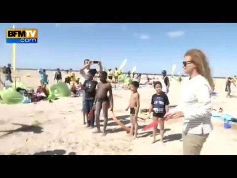 Valérie Trierweiler et Najat Vallaud-Belkacem à la plage