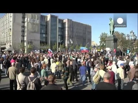 Des milliers de Russes défilent pour la paix en Ukraine