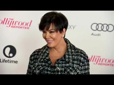 Kris Jenner critique la vanité de Kim Kardashian qui a pris 1 200 selfies en Thaïlande