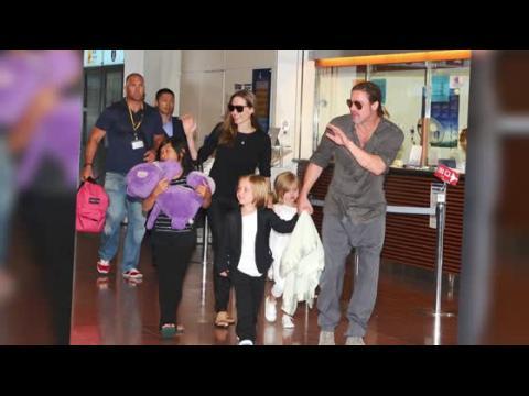 Brad Pitt, Angelina Jolie et leurs enfants ont l'air heureux au Japon