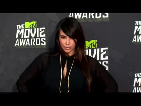 Kim Kardashian serait prête pour sa première apparition publique depuis son accouchement