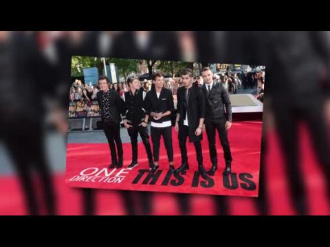 Les fans se déchaînent à la première du film de One Direction, This Is Us