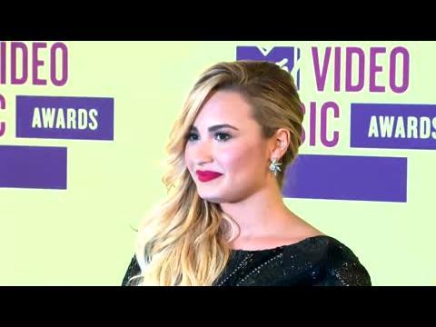 Demi Lovato parle de son père et de maladies mentales
