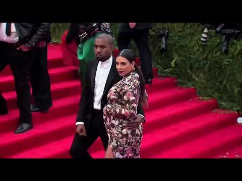 Kim Kardashian et Kanye West aurait refusé 3 millions de dollars pour les premières images de leur bébé