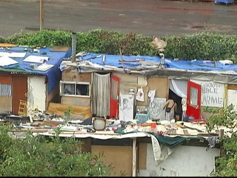 Les démantèlements de camps de Roms continuent