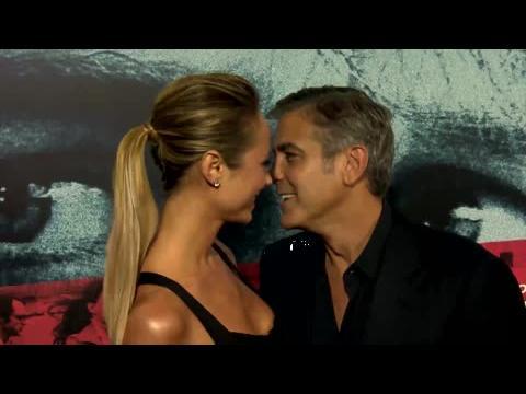 George Clooney et Stacy Keibler passent le 4 juillet à part