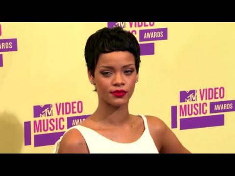 Rihanna a presque fait faillite en 2009
