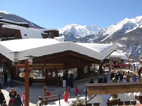 les orres est la station de ski la moins ch re de france selon une tude 04 03 sur orange vid os. Black Bedroom Furniture Sets. Home Design Ideas