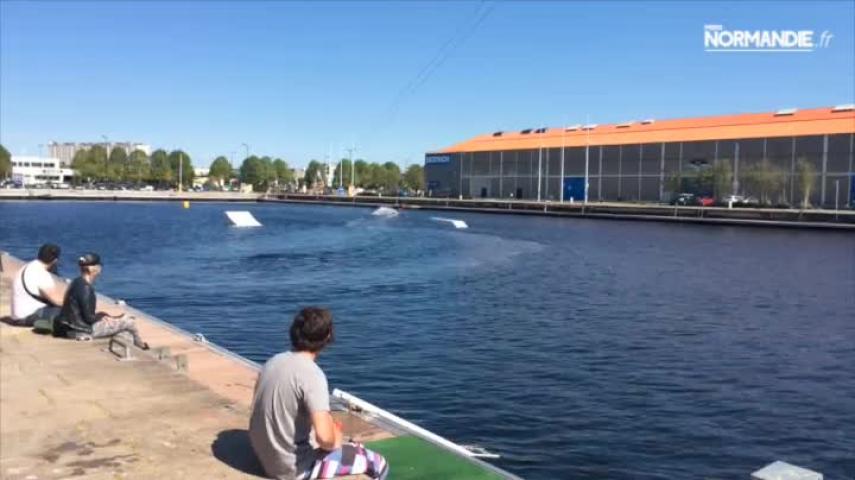 Ouverture d'un wake park dans le bassin Vatine au Havre