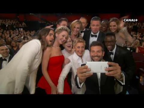 Ellen DeGeneres : Oscar du meilleur selfie  - ZAPPING PEOPLE DU 04/03/2014