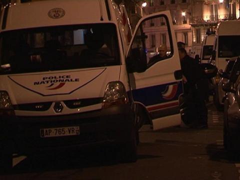 Paris braquage devant drouot 3 malfaiteurs en fuite sur orange vid os - Hotel des ventes drouot ...