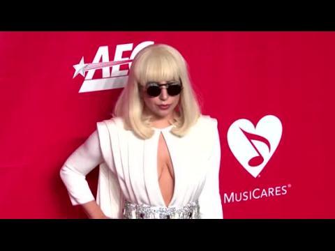 Lady Gaga chercherait à tout contrôler