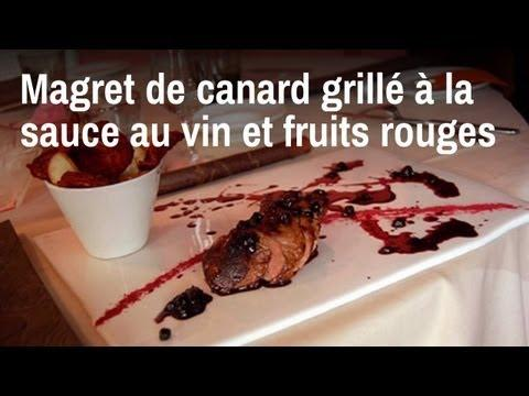 recette de chef magret de canard grill sauce au vin et fruits rouges sur orange vid os. Black Bedroom Furniture Sets. Home Design Ideas