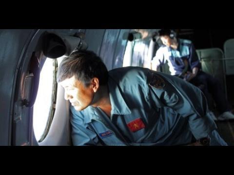 Malaysia Airlines : des débris suspects retrouvés, une désintégration en vol évoquée