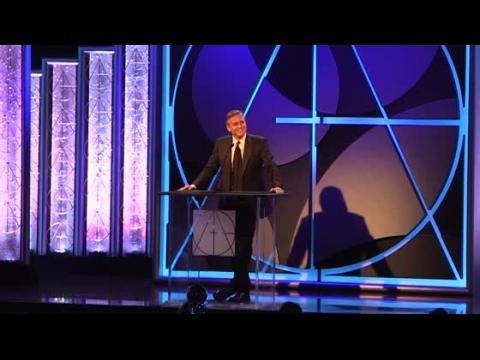 George Clooney fait rire le public aux Art Directors Guild Awards