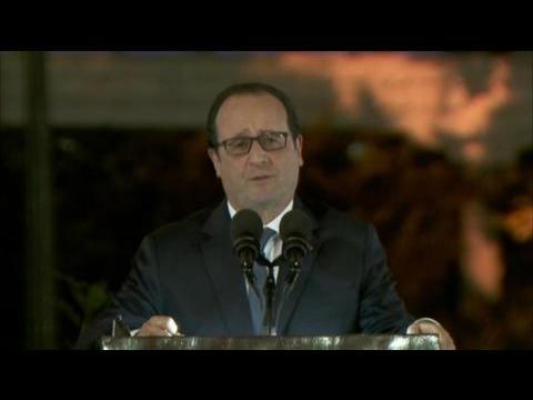 """Hollande """"condamne"""" la rencontre des parlementaires français avec le """"dictateur"""" Assad"""