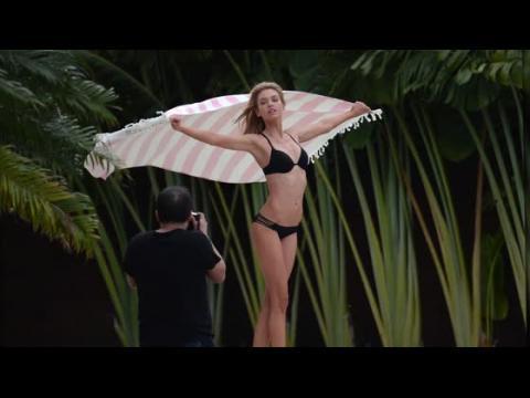 Martha Hunt est éblouissante dans un bikini noir pour Victoria's Secret