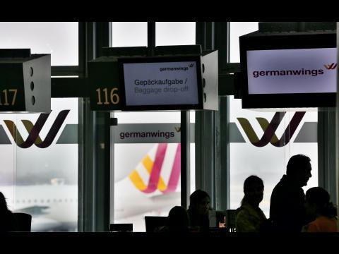 Crash aérien : Germanwings, le bras low cost de Lufthansa, fragilisé