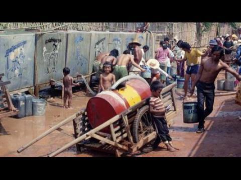 """Visite guidée : Svay Sareth, artiste cambodgien à """"Archipel secret"""" au Palais de Tokyo"""