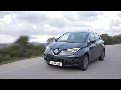 2019 New Renault ZOE Z.E. 50 tests drive in Sardinia