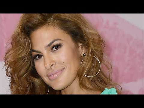 Eva Mendes Posts No-Makeup Selfie