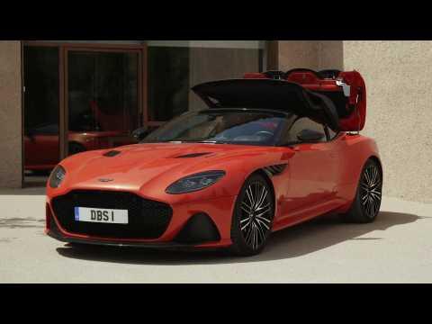 Aston Martin DBS Superleggera Volante Design in Cosmos Orange