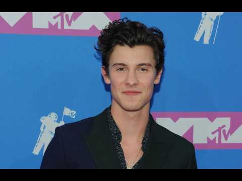 Shawn Mendes has laryngitis