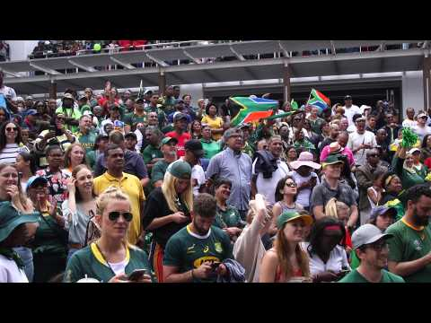 Cape Town fans celebrate S. Africa's Rugby World Cup win