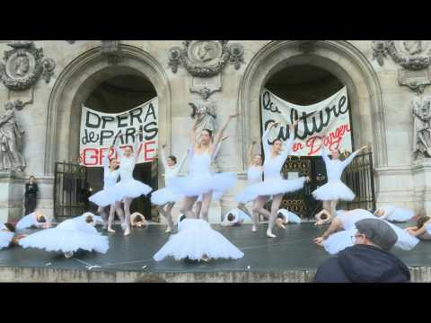 Ballet dancers protest French pension reform on steps of Opera Garnier